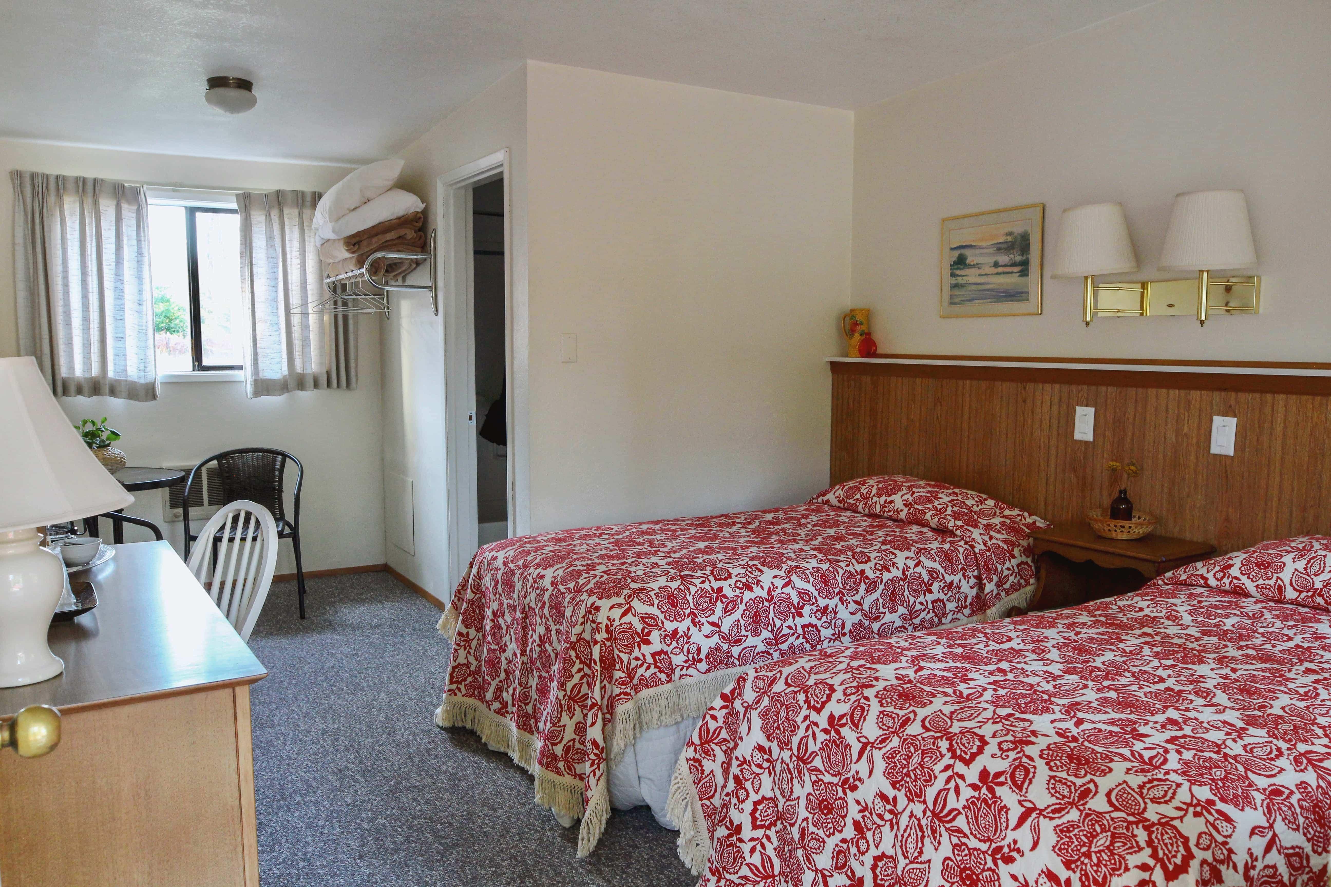 Emerald Valley Inn - Fir Room